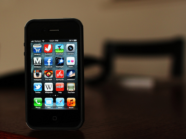 iPhone 5 Has Less Toxins than Galaxy S III